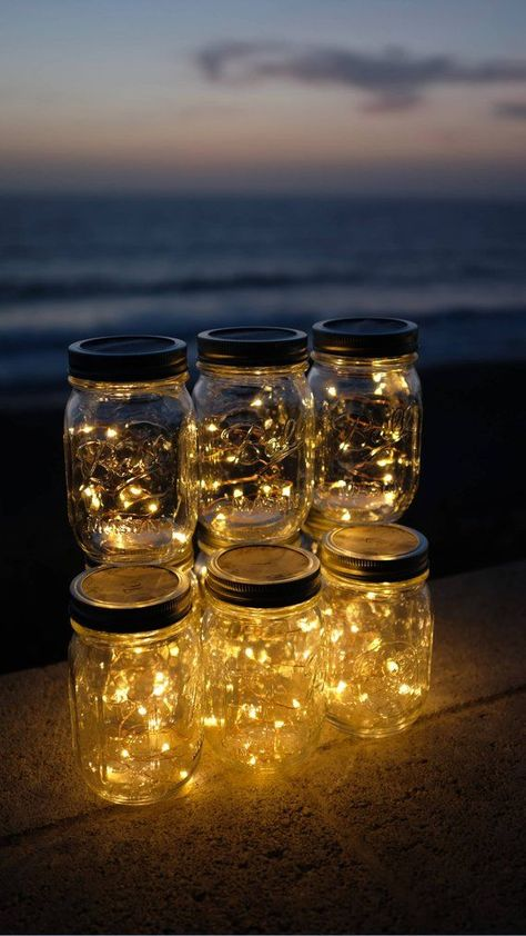 Firefly Lights and Mason Jar Outdoor Lightning rustic Fairy Lights Mason Jar Lights String Lights Wedding Lights Wedding Centerpiece Firefly Lichter und Mason Jar Outdoor Blitz rustikal Jar Centerpiece Wedding, Mason Jar Centerpieces, Rustic Centerpieces, Centerpiece Flowers, Centerpieces With Lights, Bat Mitzvah Centerpieces, Wedding Reception Centerpieces, Wedding Tables, Party Centerpieces