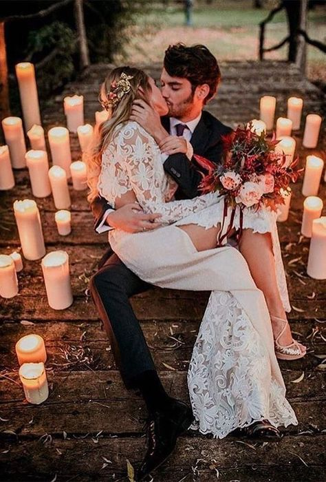 Popular Wedding Photo Ideas For Unforgettable Memories ★ popular wedding photo ideas evening photo with candle nataliaibarraphotographer Vintage Wedding Photos, Wedding Pics, Wedding Couples, Fall Wedding, Wedding Styles, Wedding Ceremony, Dream Wedding, Wedding Bride, Wedding Ideas
