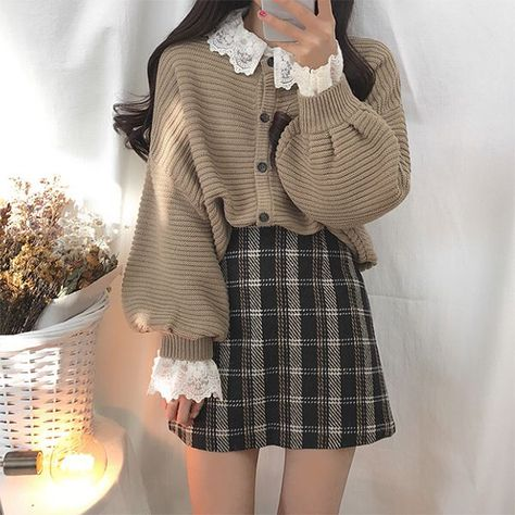 Woman classy clothing vintage style fall sweet japanese shopping 2021 instagram college