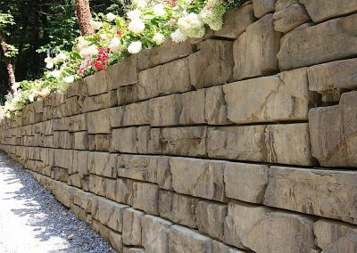 Verti Block San Diego Licensed Verti Block Manufacturer And Supplier Concrete Retaining Walls Residential Landscaping Retaining Wall Construction