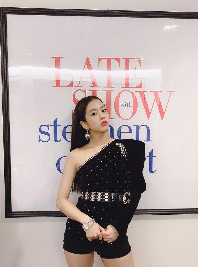 Blackpink Jisoo's Fashion on Instagram 190212 | Fashion