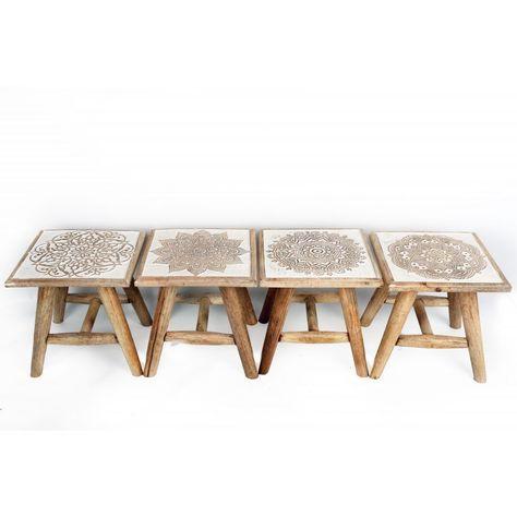 Tabouret Table D Appoint En Bois Blanchi Sculpte Motif Rosaces