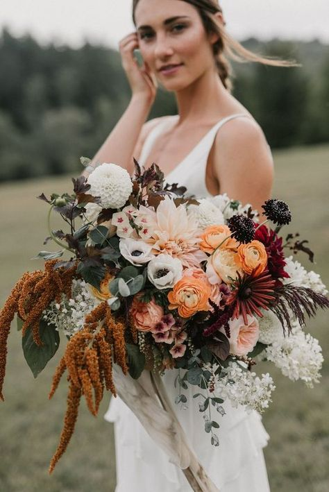 Forget the bouquet toss! You won't want to let go of these these beautiful fall wedding bouquets, let alone chuck one across the reception hall Vintage Bridal Bouquet, Fall Wedding Bouquets, Fall Wedding Flowers, Fall Wedding Colors, Bridal Flowers, Floral Wedding, Burgundy Wedding, Bridal Bouquets, Boho Flowers