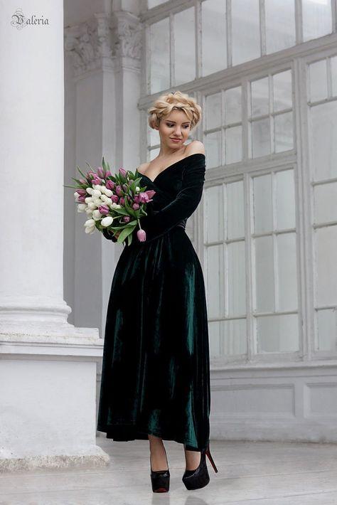 emerald green velvet bridesmaid dress long sleeve off-shoulder budget