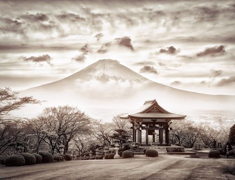 Found this just about an hour away from Tokyo on the bullet train. #TreyRatcliff #Travel #Japan #Tokyo #MountFuji #monochrome