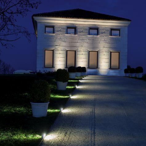 AMBRA - Floor/ wall spotlight, ideal for the lighting of public or residential areas. #LED #light_e_design #design #illumination #lamp #lightdesign #lighting #lamp #pendant #iluminacion #decor #public_spaces #decoracion #lampara