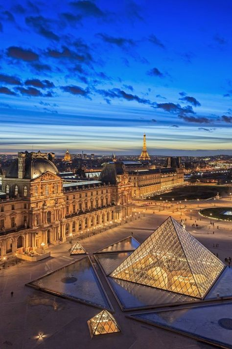 Places Around The World, Travel Around The World, Around The Worlds, City Aesthetic, Travel Aesthetic, Beautiful Places To Travel, Tour Eiffel, Paris Travel, Dream Vacations