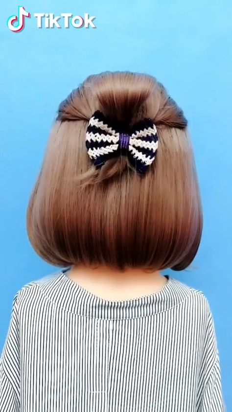Super easy to try a new #hairstyle ! Download #TikTok today to find more amazing videos. Also you can post videos to show your unique hair styles! Life's moving fast, so make every second count. #hair #beauty #diy