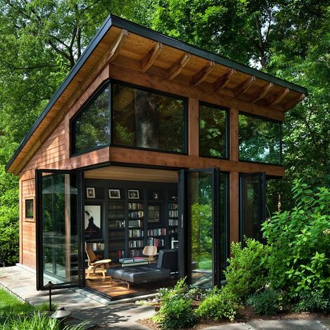 Awesome Modern Tiny House Exterior Design Ideas - There are singles, couples and even families who are opting to live in tiny homes and spend most of their lives traveling and exploring new places. Tiny House Cabin, Tiny House Design, Cabin Design, Cozy House, Tiny Cabins, Loft Design, Cottage House Designs, Modern Design, Prefab Cabins