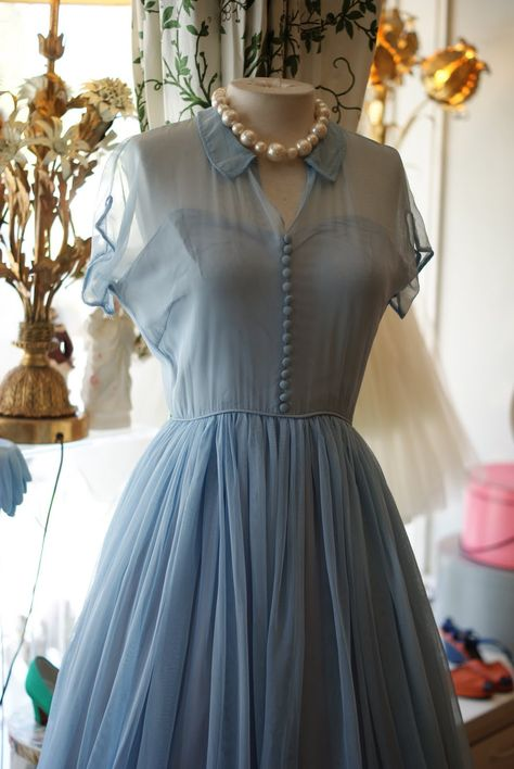 Xtabay Vintage Clothing Boutique - Portland, Oregon: A Few Good Eggs...