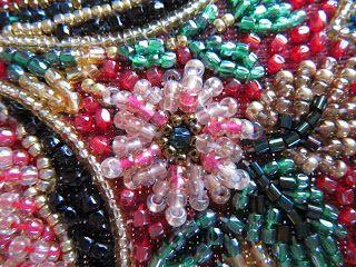 Hilos a través de la Web: japonés Bead Embroidery