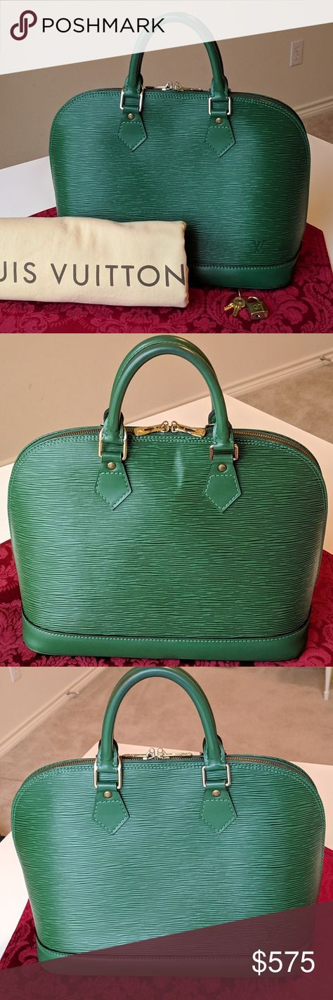 Authentic Louis Vuitton Vtg. Green Epi Alma bag Beautiful Louis Vuitton  Green Epi Alma PM 7fb34ddcf2