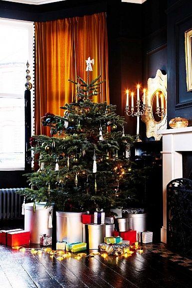 dramatically beautiful christmas tree Event ideas Pinterest