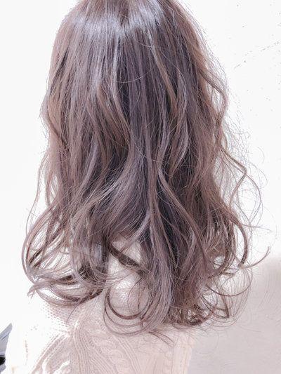 春夏はピンクアッシュヘアカラー 暗めも色落ちも楽しめるっ 髪色