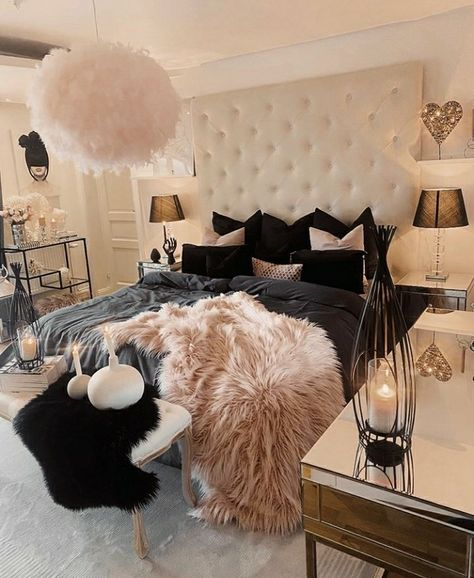 Glam Bedroom, Stylish Bedroom, Room Ideas Bedroom, Bedroom Decor, Bedroom Themes, Bed Room, Luxury Rooms, Luxurious Bedrooms, Girl Bedroom Designs