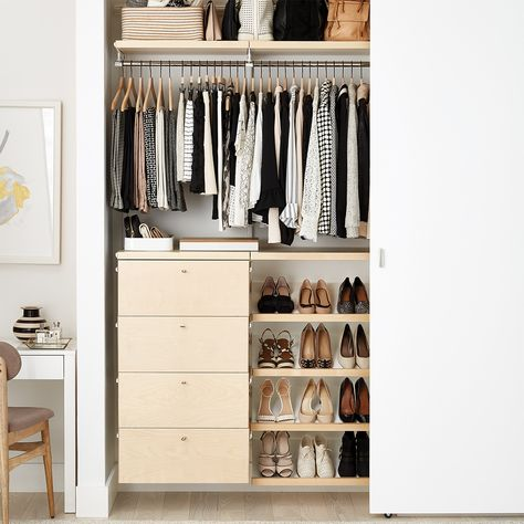 Closet Organizers 567101778077688205 - DIY Closet Systems You Can Easily Install Yourself Best Closet Systems, Diy Closet System, No Closet Solutions, Closet Ideas, Reach In Closet, Tiny Closet, Small Closets, Closet Space, Boys Closet