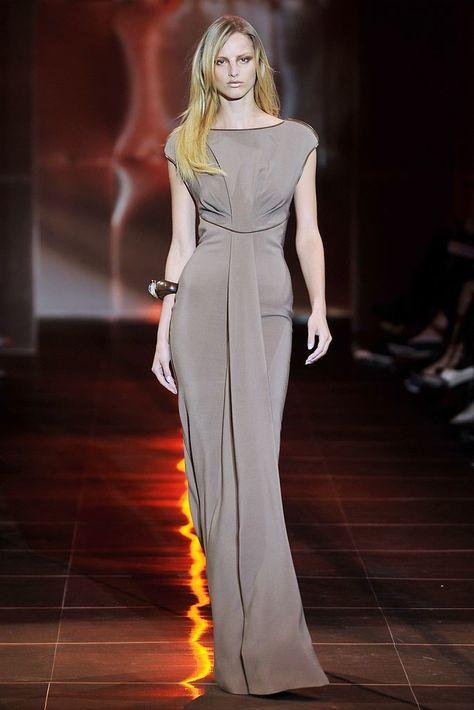 Armani Privé Fall 2010 Couture Fashion Show