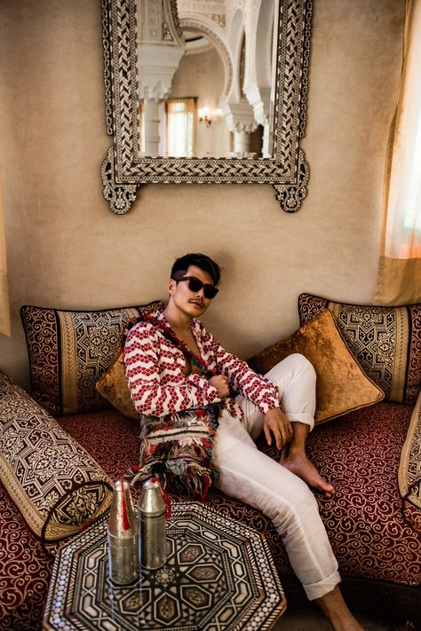 www.JadoreLeDecor.com | It's Man Spaces Week on J'adore le Decor! Today we take a closer look at one of the most intriguing luxury men's fashion, travel and interiors feed on Instagram - Bloggers Boyfriend | Masculine Fashion & Design