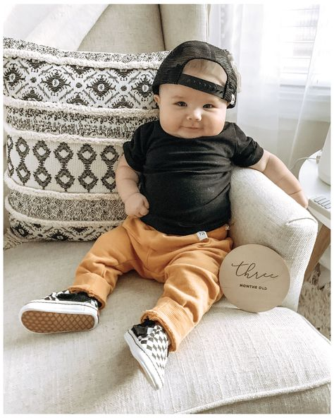 Baby Boy Dress, Cute Baby Boy Outfits, Little Boy Outfits, Little Boy Fashion, Toddler Boy Outfits, Baby Boy Fashion, Cute Baby Clothes, Toddler Fashion, Kids Fashion