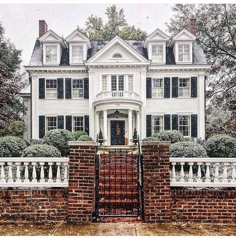 Serious Curb Appeal 59 Inspiration In 2019 Case Case Americane