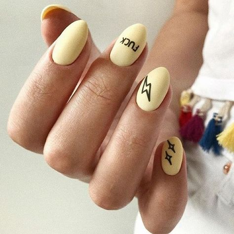 36 Trendy Yelleow Nails New Trend Are Perfect for This Summer 2019 nails;nailsart;nailsdesign;summer nails;nails done;nailstyle;yellownails;beauty;nails instagram;naillove;nails promote