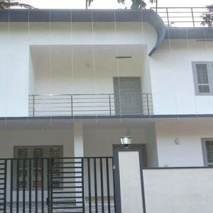 Small Plot Cost Effective 3 Bedroom Home In 1700 Sqft With Images Bedroom House Plans Courtyard House Plans Kerala Houses