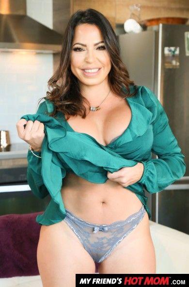 Jullianna Vega