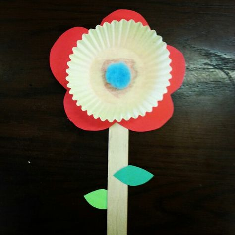 Flowers bloom in May, just in time for our Mother's Day storytime here @ Alamitos library.
