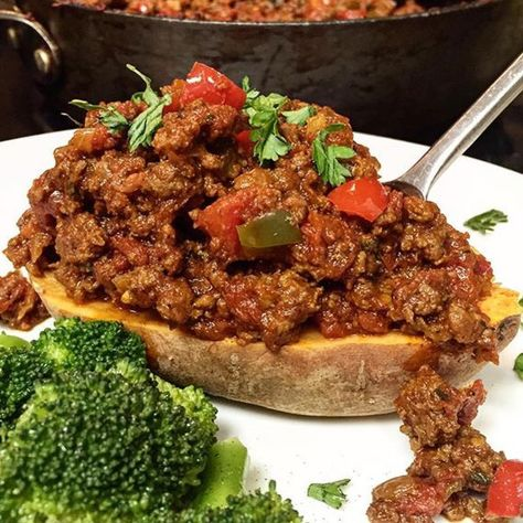 Look at this beauty of meal made by my friend Kraig @the_cajun_caveman  This is my sweet potato sloppy joe recipe and it's an all time favorite! If you're doing Whole30, just leave out the honey. Easy peasy and delicious! It's an awesome meal prep idea!  Check out Kraig's page! He creates beautiful meals with a little Cajun twist. I love it!  Recipe in my profile  #paleo #sloppyjoes #sweetpotato #glutenfree #mealprep #easymeals #cleaneating #healthy #goodeats #whoelfoods #healthylivin...