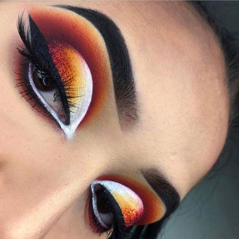 New Makeup Eyeshadow Cut Crease Winged Liner Ideas Cut Crease Eyeshadow, Cut Crease Makeup, Brown Eyeshadow, Eyeshadow Makeup, Glitter Eyeshadow, Eyeshadow Palette, Eyeshadow Pencil, Neutral Eyeshadow, Makeup Palette