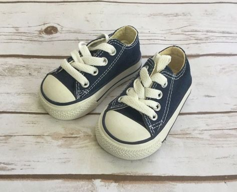 533fb0ae5d7c CONVERSE Chuck Taylor All Star Low Top Infant Toddler Navy Blue Size 2   Converse  Athletic