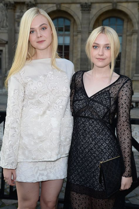 Pin for Later: Celebrity Siblings You Probably Didn't Know About Dakota and Elle Fanning