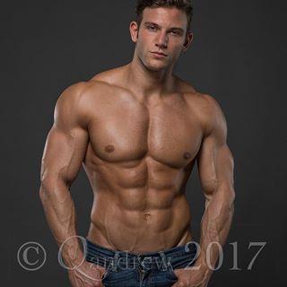 Boys nacktbilder Young skinny