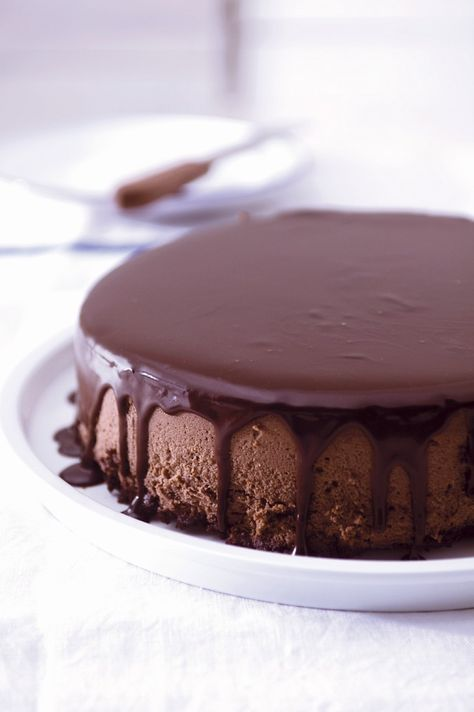 Kaffee-Käsekuchen mit Schokolade | Zeit: 40 Min. | http://eatsmarter.de/rezepte/kaffee-kaesekuchen-mit-schokolade