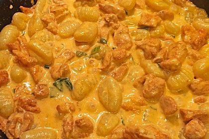 Curry Gnocchi mit Hähnchen, ein tolles Rezept aus der Kategorie Geflügel. Bewertungen: 18. Durchschnitt: Ø 3,9.
