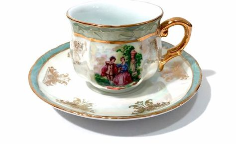 Opalescent Lusterware Tea Cup Romantic Couple Courting Scene Gold
