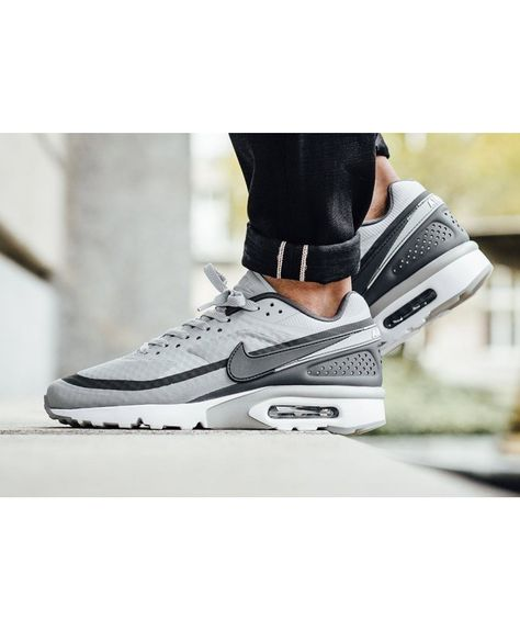 Buy Authentic Nike Air Max Classic SI Running Shoes Grey