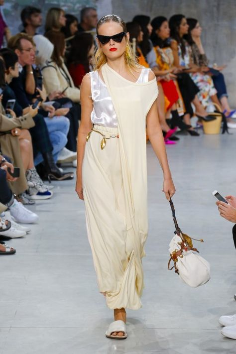 Marni Spring Summer 2019 Ready-to-Wear Collection – Milan