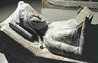 Tomb of Elinor of Aquitaine 1204