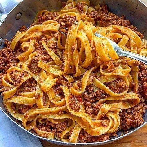 Oooohhhh nothing says comfort food like Pasta Bolonese!!  Regrammedhellip