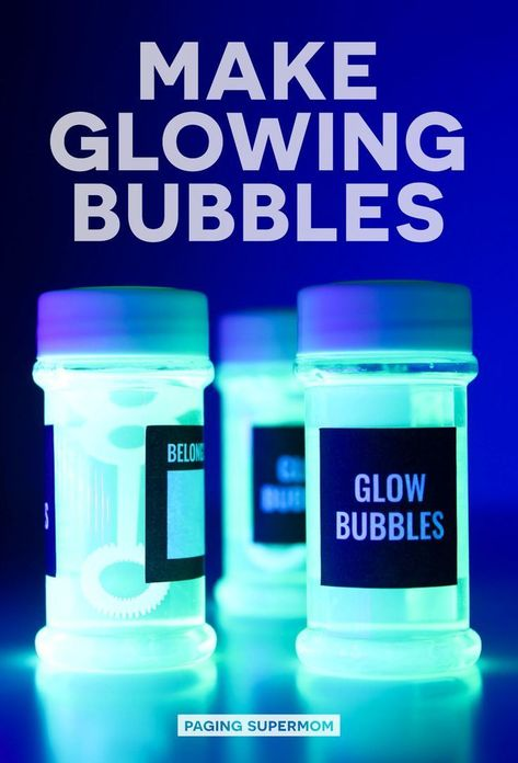 DIY Glow Bubbles for Blacklight Party - Cheap & Easy Recipe Halloween Science: DIY Glow Bubbles for Blacklight Parties and more Black Light Party Ideas via Paging Supermom Glow In Dark Party, Black Light Party Ideas, Glow Stick Party, Glow Sticks, Bolo Neon, Science Party, Science Diy, Halloween Science, Halloween Party