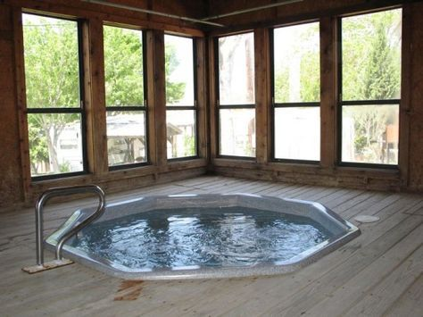 Here S An Octagon Shaped Indoor Hot Tub Sunken Into A Wooden Deck Indoor Hot Tub Hot Tub Sunken Hot Tub