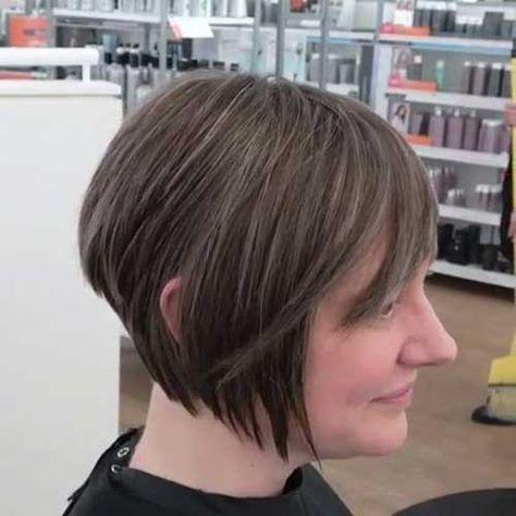 17.Short Layered Hairstyle