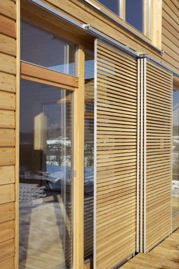 casa de modulares de madera con estructura de madera moderna living