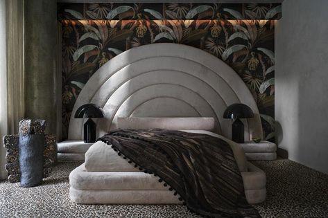 House tour: a smartly designed New York apartment with a big personality - Vogue Australia