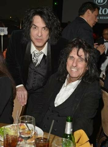 Alice Cooper And Paul Stanley Kiss At Cooperstown In Phoenix