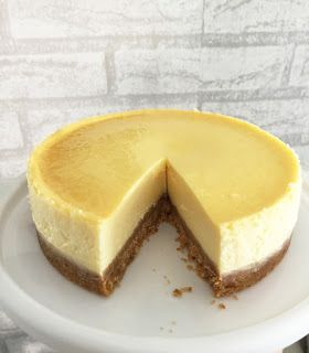 250g Cream Cheese Recipe Light New York Cheesecake New York Cheesecake Cheesecake Cream Cheese Recipes