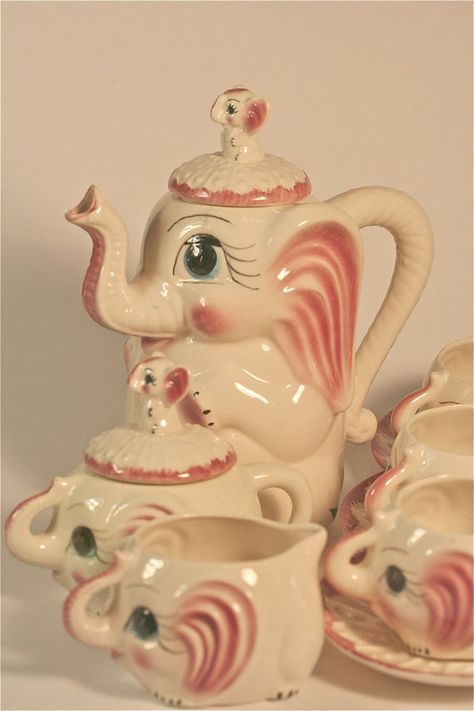 Maybe the best tea set ever!!!  1950's Pink Elephant Teapot Hot Chocolate by BornToBeWildStudios, $300.00