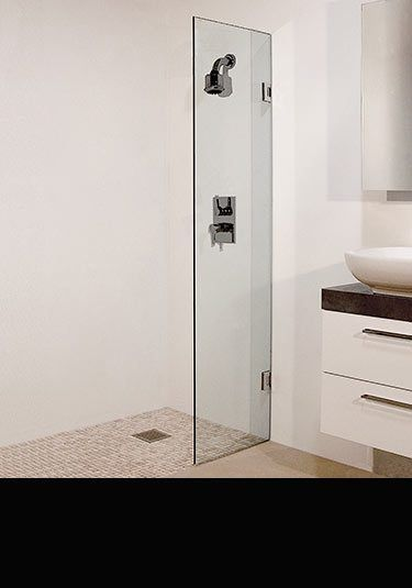 Ripple Hinged Shower Screen In 10mm Glass 70d Shower Screen Wet Rooms Frameless Shower Enclosures
