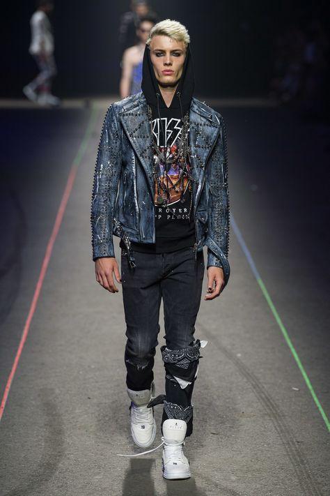 Philipp Plein Spring 2020 Menswear Fashion Show Collection: See the complete Philipp Plein Spring 2020 Menswear collection. Look 16